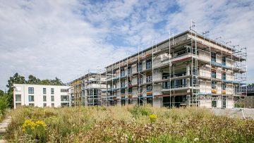 Fassadenarbeiten am mittleren Gebäude starten