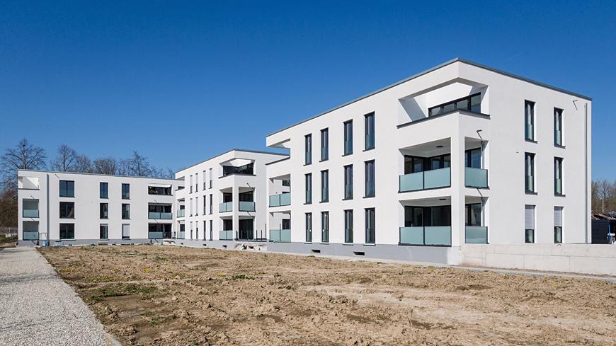 "Endspurt – Fassade des Wohnkarrees ""Altes Freibad"" fast fertig"